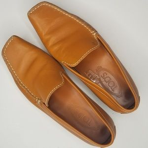 Tods Italian Slip On Square Toe Loafers size 7